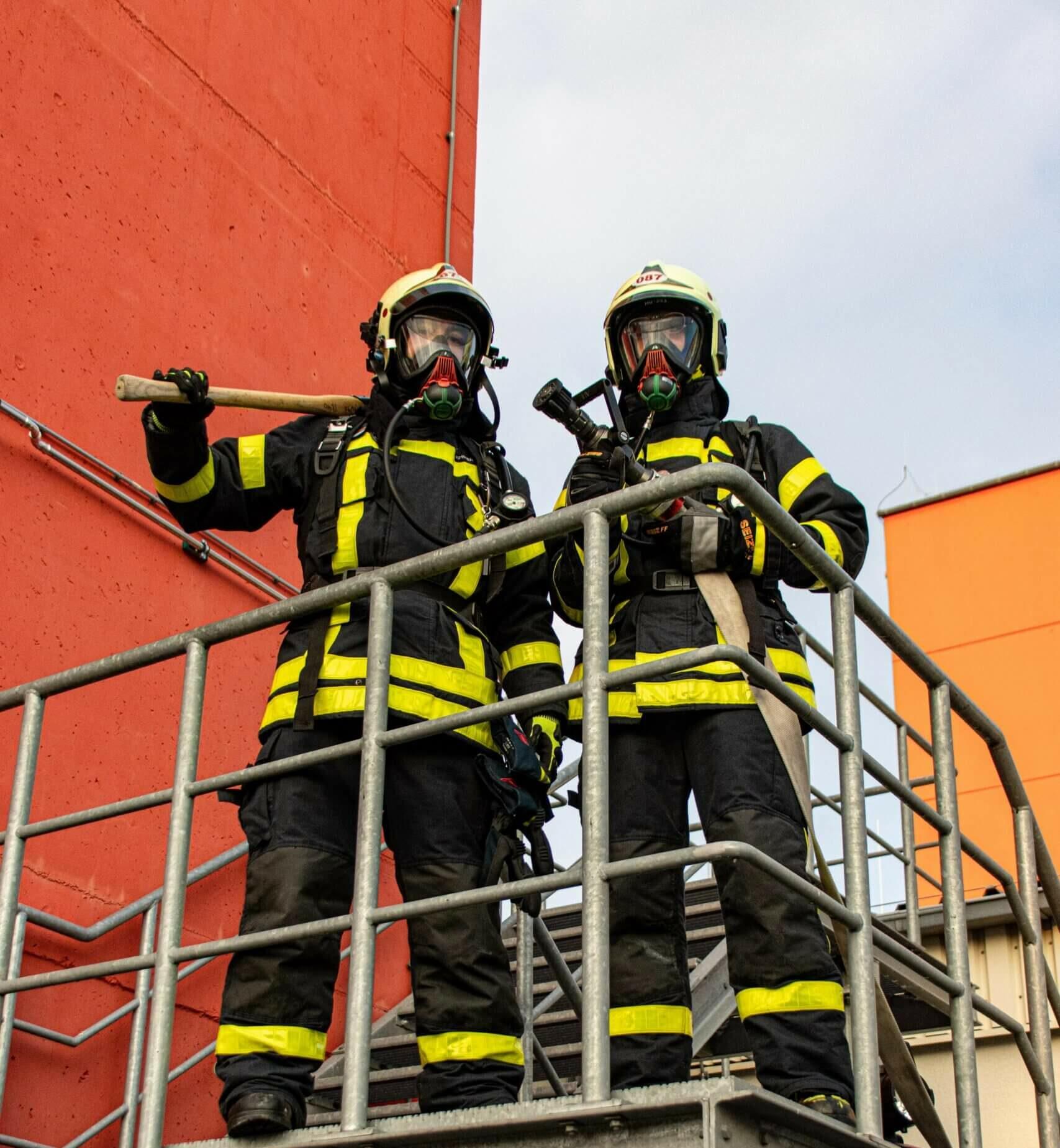 Pubic services, firemen